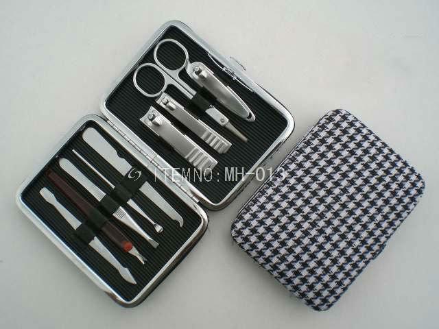 Lady Manicure Set with 9 pcs accessories