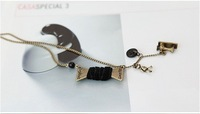 black Korea star - Vintage Winnie around the thread sewing machine sweater chain