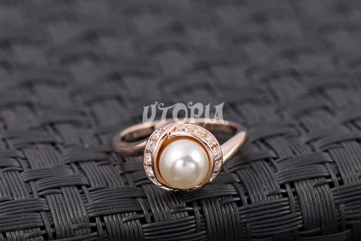 Italina Rigant 18K Роуз Позолоченные жемчужное кольцо / ювелирные изделия кольца для женщин с Swarovski Crystal Stellux Высочайшее качество # RG93137