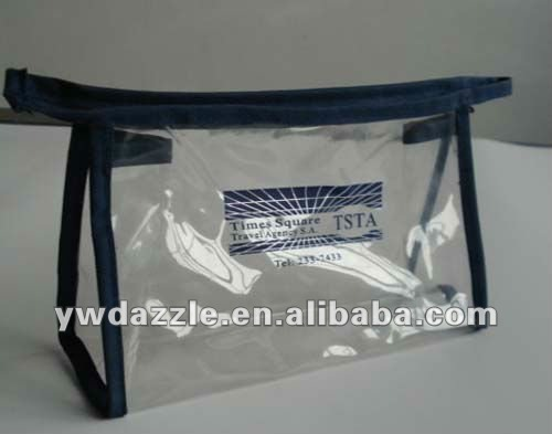 2012 fashion pvc gift bag with leather rim