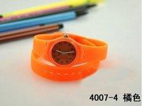 Наручные часы Soft Silica Gel Watch Fashion Watch DW-007