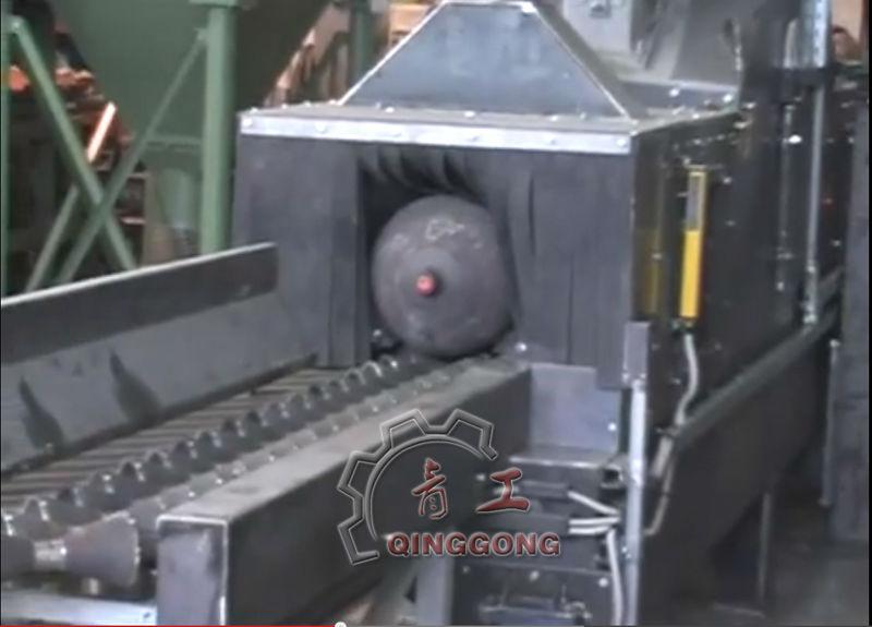 GAS cylinder shot blasting machine.jpg