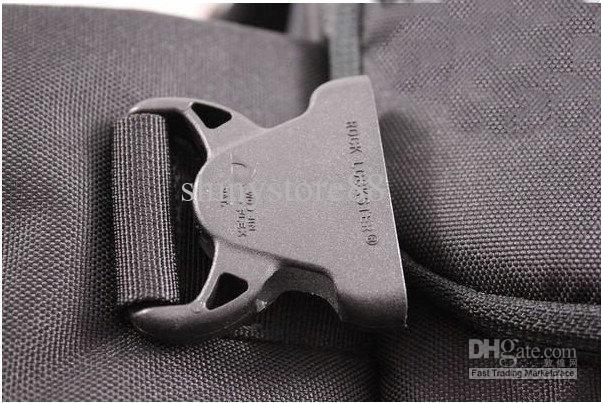 Рюкзак - сумка для фотокамер и аксессуаров.  Идеально подходит для фотожурналистов.