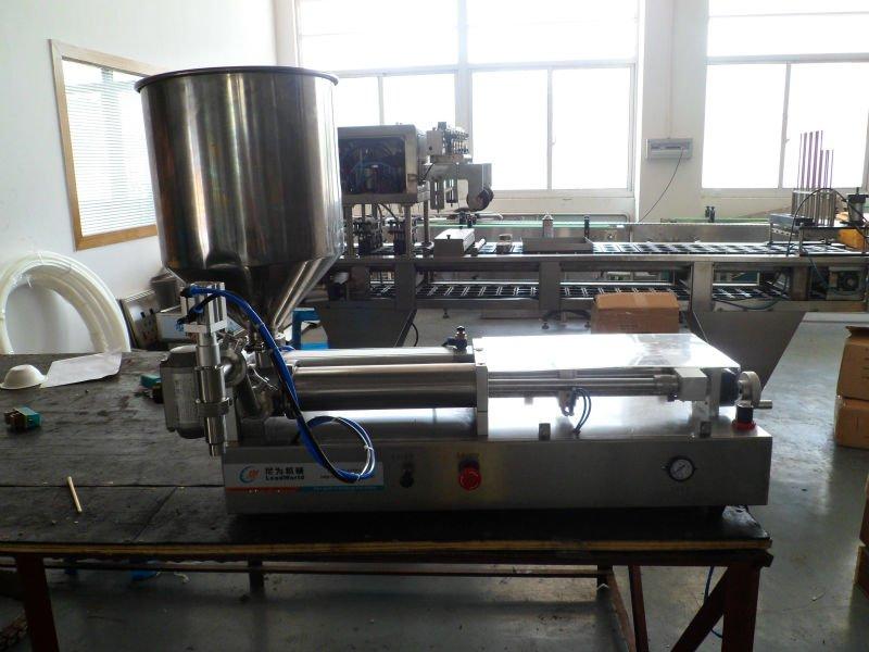 semi-automatic pneumatic liquid filler