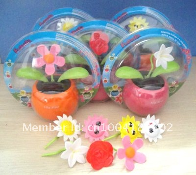 Hot selling   solar  flower   240pcs per lot  Free shipping  via EMS no battery  the leaves flip flap under sun light
