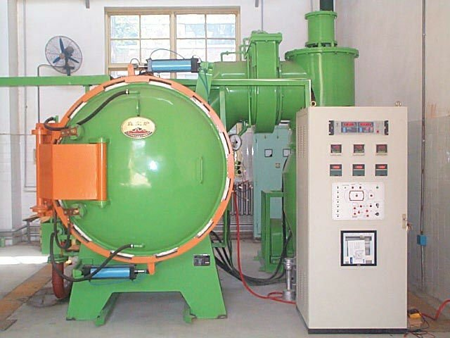 1300.C High Vacuum Metal Hardening Furnace with chamber 500*500*700mm