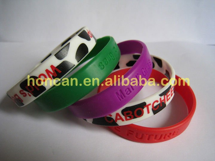 Debossed & filled colors silicone bracelet silicone band