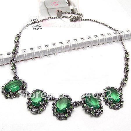baroque necklace (12).jpg