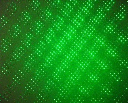лазерная указка 5mw 532nm Green Laser pointer / 2 in 1 green beam laser pen / Green patterns + shippiing