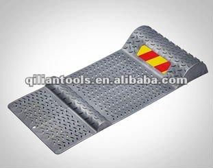 Parking guide mat parking arr t mat parking mat for Container garage voiture