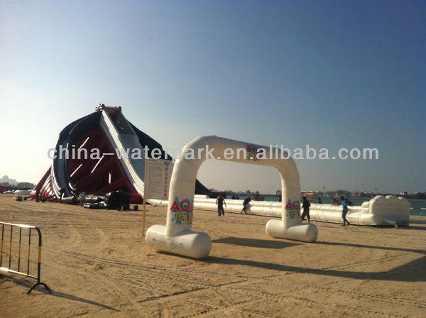 HOT! 2014 New Design Largest Three Lane Inflatable Slide