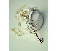 Цепочка с подвеской Emerald crown key pearl little double long necklace Sweater chain /H026