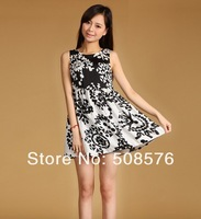 Женское платье 2013 New Fashion Ladies' elegant Vintage Geometric print black&white Dresses sleeveless casual slim party evening sexy dress