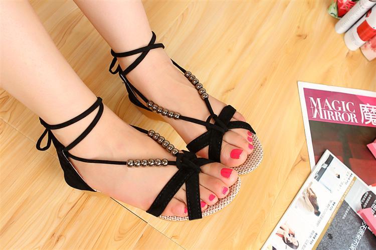 أحذية جديده للبنات 2014 أحذية 714669089_003.jpg