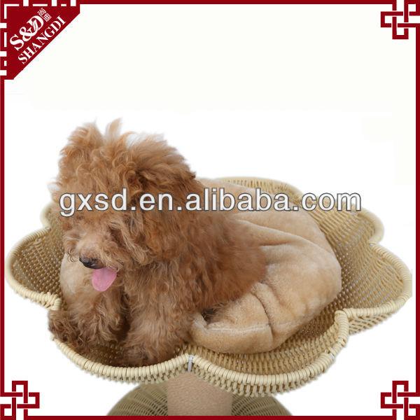 Étanche écologique main chien chenil à vendre