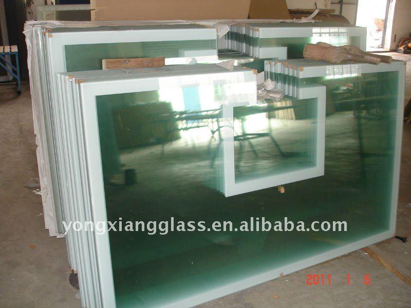 Indoor clear glass basketball backboard