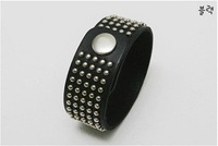 Кожаный браслет Fashion rivets wild wide leather bracelet S5305