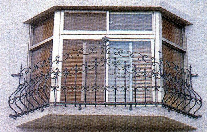 Smeedijzeren hek productie van ramen en deuren hek in ijzeren rails applicatie heeft een lange - Smeden van ijzeren ...