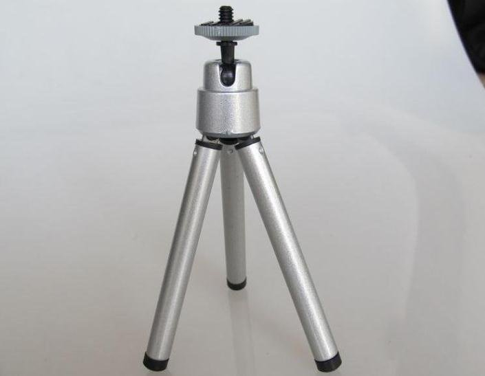 10pcs/lot Universal Mini Travel Tripod Support Stand Mount for Digital Camera Free shipping