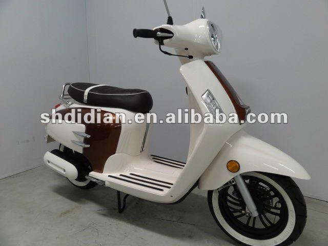 exotic Lambretta/ retro/vintage/vespa style 49cc/125cc scooter/moped/roller/motorcycle with 25kmh/45kmh/85kmh,12in tire EEC,COC