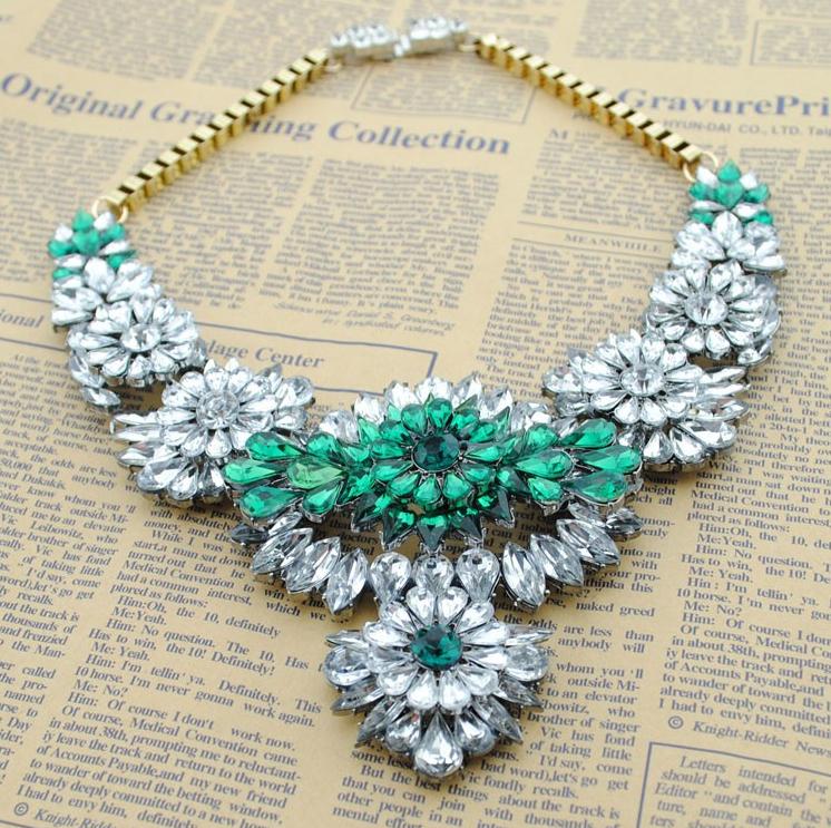 Колье-ошейник Brand Designer Flower Choker Women Necklaces & Pendants Fashion Statement Necklace Unique Cute Luxury Big Pendant Necklace