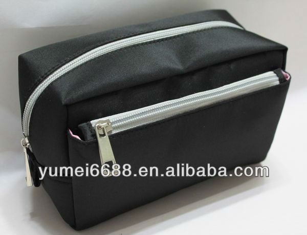 black nylon man make up brush bag
