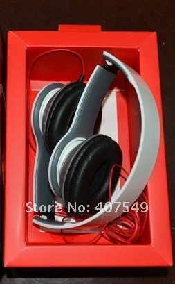free shipping Mini HD headphones new fashion portable headset high resolution sound high quality earphones soft retail box