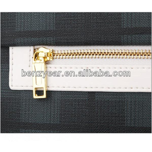 Fashion Soft PVC 15 inch 4 Wheels Nylon Zipper Around Travel Luggage Trolley
