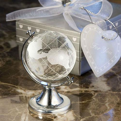 Choice-crystal-globe-favor_5954_l.jpg