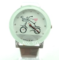 Наручные часы round dial WHITE leather Sports quartz watch unisex men women wrist watch top quality