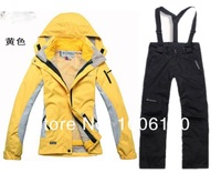 Женская куртка TWO pieces sport suit/ female outdoor sport suit/women winter ski snow suit/top hoodie jacket, strap pants Wind and Water-proof