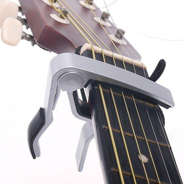 Зажим для гитары