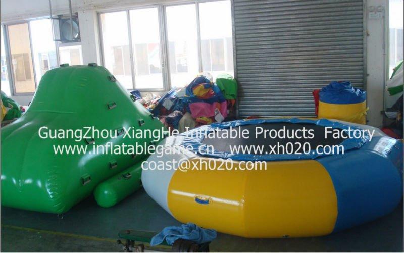 2013 Best seller crazy funny outdoor commercial grade vinyl tarpaulin IB-02 inflatable iceberg