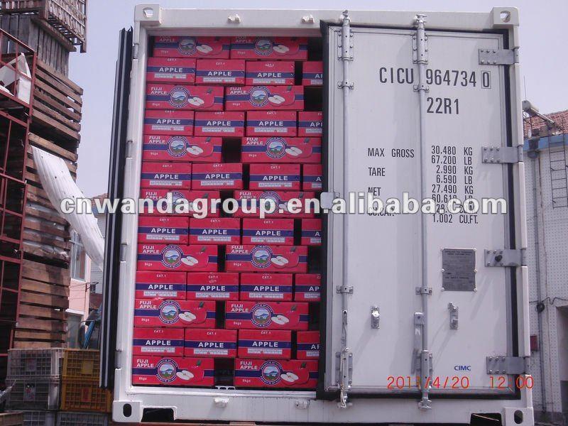 Qixia fresh red fuji apples NO.061/ layer blushed 21usd/ctn FOB price