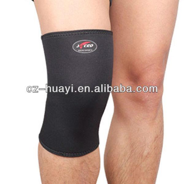 Protecting range tennis knee protector