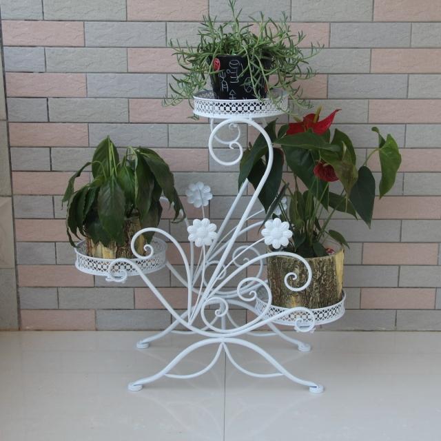 Artes y artesan as chinas jardiner a jard n de flores for Bancas para jardin de herreria