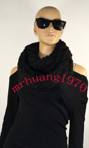 New  Style Chic Warm Strip Hand Made Knit Loop Infinity Scarf---Multi color