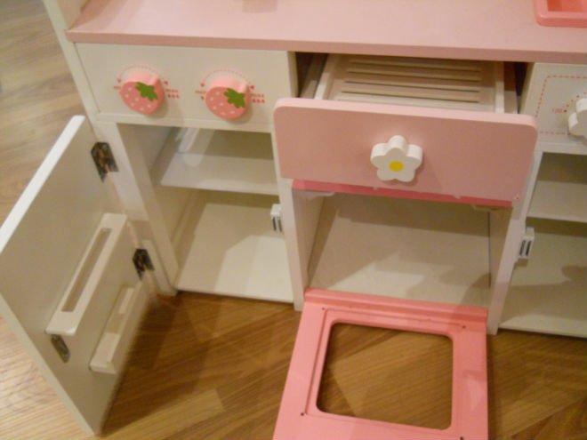 couleur en bois cuisine lecture toy kits avec cuisine ware. Black Bedroom Furniture Sets. Home Design Ideas