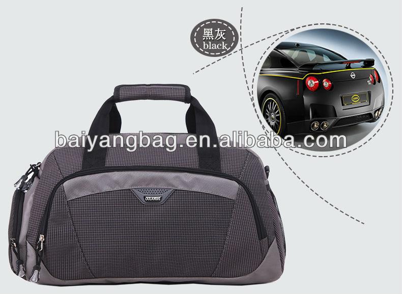 Weekend duffel bag for womens