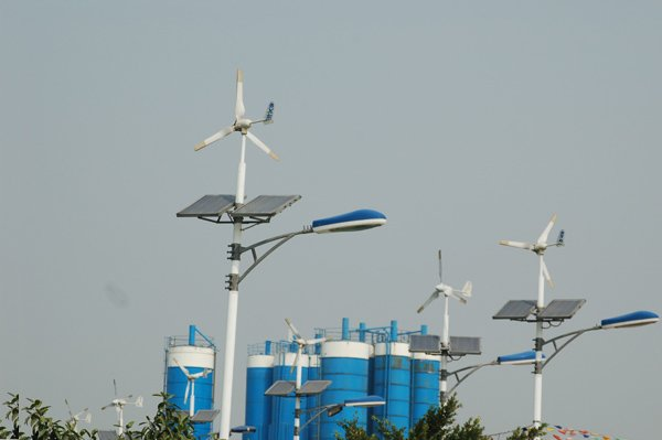 led solar lamp(3).jpg