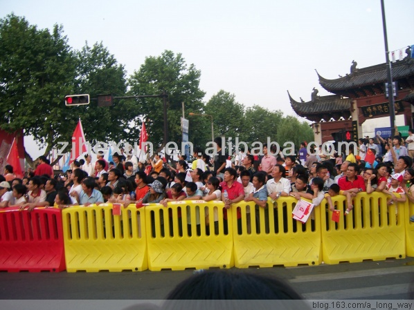 yellow white red Plastic Traffic Road Safety Barriers