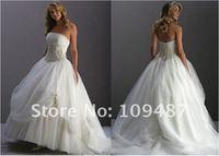 Свадебное платье 2012 Haute delicate lace wedding dress fashion style straight along the hem