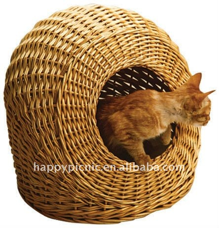 Oval Willow Pet Basket with Liner
