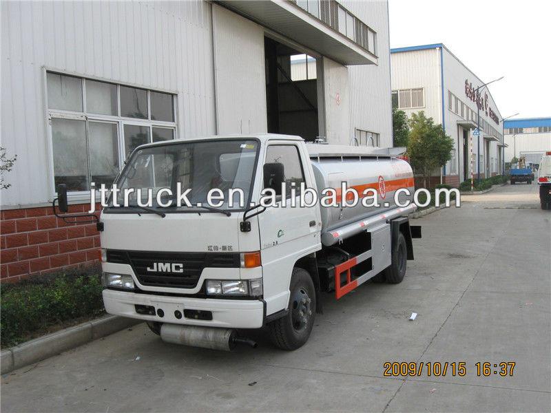 Small capacity JMC 4*2 factory sale fuel tank truck