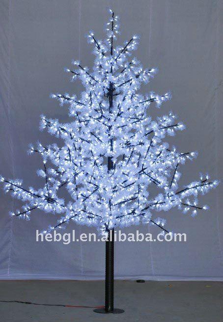 Illuminazione Alberi Di Natale: Illuminazione alberi di natale dearmas articolo l albero.