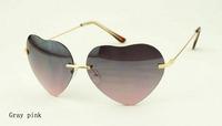 Женские солнцезащитные очки Fashion Trendy Women Love Heart Sunglasses Colorful Ladies Eyewear