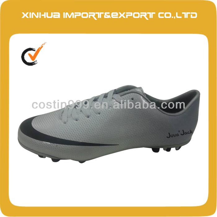 New Model Designe Soccer Shoe Football Boots