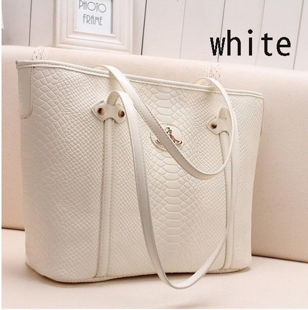 Купить женские сумки из натуральной кожи в Екатеринбурге