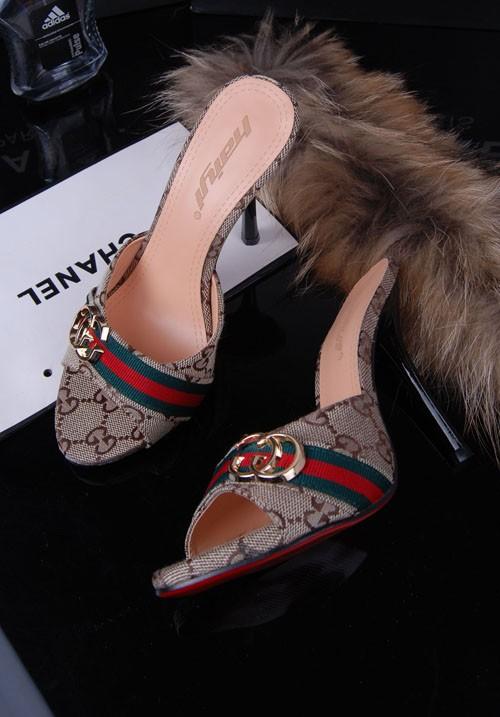 أحذية جديده للبنات 2014 أحذية 714371370_459.jpg
