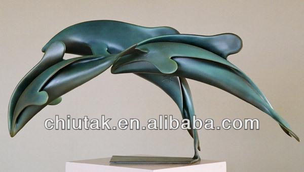 sculpture en bronze eagle sculpture/statue on office table